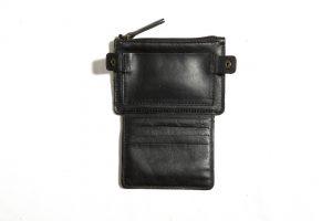 Portefeuille-cuir-FLAT-noir mat-galerie-eber-specher-maroquineries